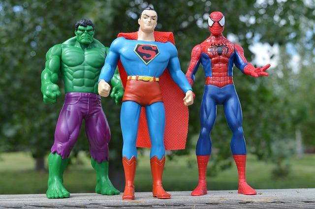 tři superhrdinové